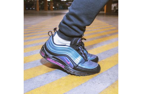 PASSION OBSESSION – NIKE AM 97