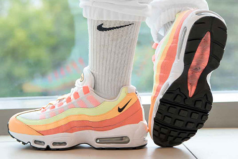 LET'S CONQUER THE WORLD TOGETHER WITH AIR MAX 95