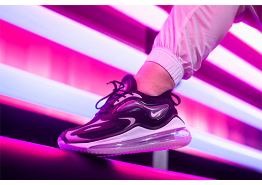 TYPICALLY ATYPICAL IN AIR MAX ZEPHYR