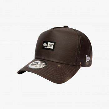 NEW ERA Sepci NE HEAT REACTIVE A-FRAME TRUCKER BLK