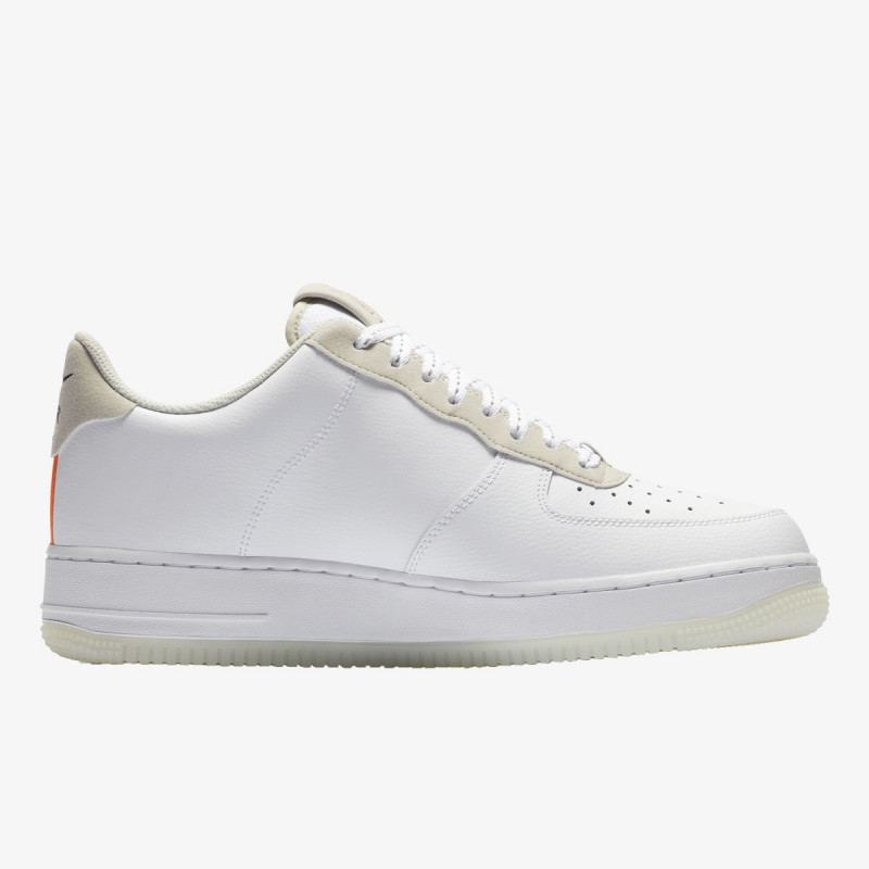 AIR FORCE 1 '07 LV8 3SP20